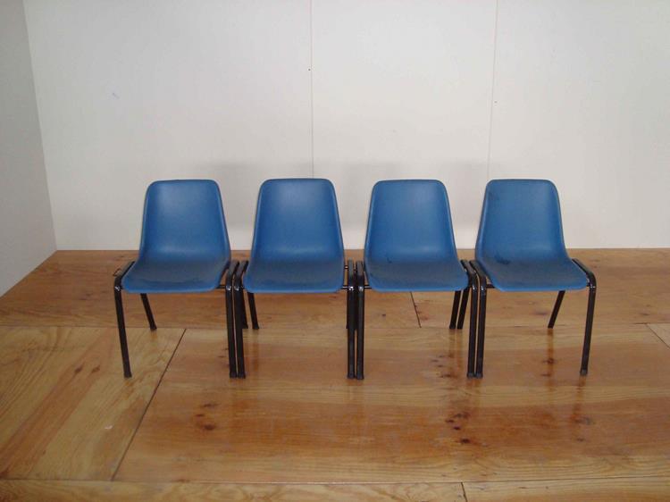 Sedie Blu Elettrico : Sedie blu ad incastro u2013 musci piergiorgio srl u2013 noleggio