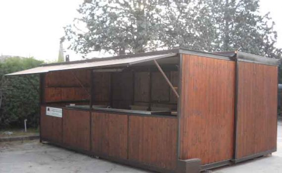 Fronte container Bar 6 x 4 m.